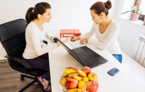 8-things-a-nutritionist-wants-to-tell-you-about-weight-loss-but-wont-1497967400